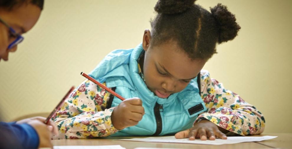Maintenant ou plus tard : quand les enfants doivent-ils apprendre l'anglais ?